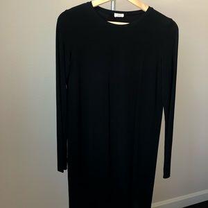 Wilfred aritzia black midi dress